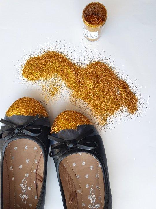 uradi sam: cipele sa šljokicama